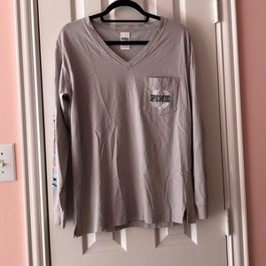 VS PINK V-neck Watercolor Long Sleeve T-shirt